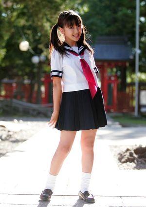 Japon etekli kızlar sorgusuna uygun..