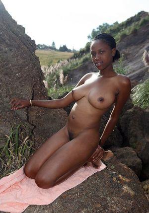 Huge Boob Naked Babe Enjoy Tit Fuck by..