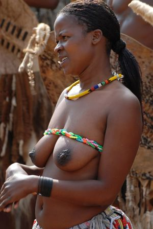 Zulu Girls Naked In Public - Photo PICS