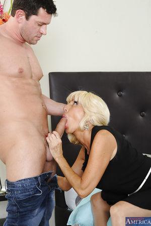Blonde mature woman Tara gets a deep..