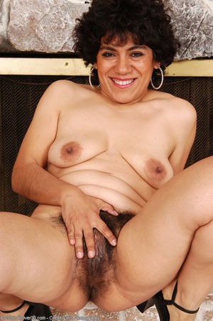 Mexican mature pussy-penty photo