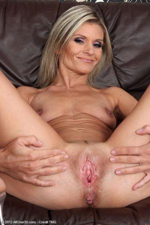 50 year old mom mature - Best porno