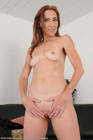 Petite and flexible Betty Blaze opens..