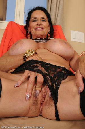 Porn pics of 63 year old brunette Rita..