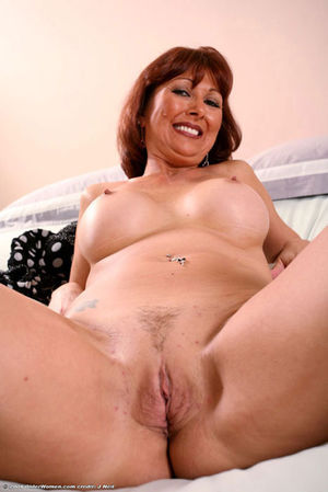 Mature Pussy And Old Pussy -..