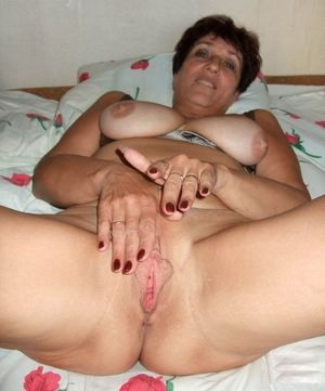Download Sex Pics Very Old Omas Pussy..