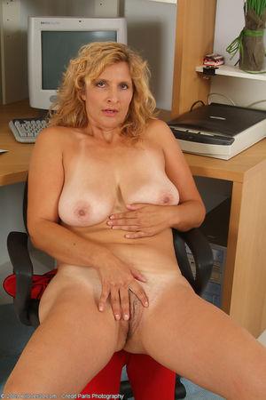 AllOver30 - Introducing 45 year old Tara