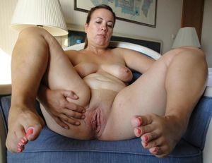 Chubby Mature Mom Pussy - XXXPornoZone