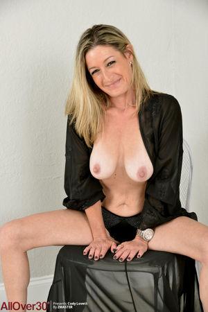 45 year old Women Nude