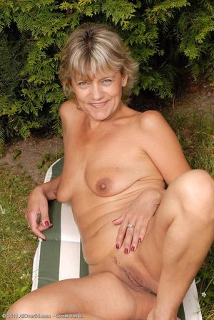 Nude Women Over 65 Years Old -..