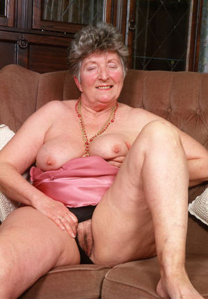 Sexy mature ladies showing off their..