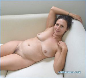 40 and older pussy - Porn pic - 18..