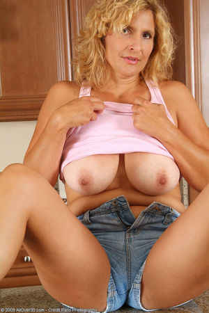 Free softcore older women - Hot Nude.