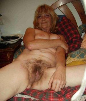 Huge hairy granny pussy - XXX photo...