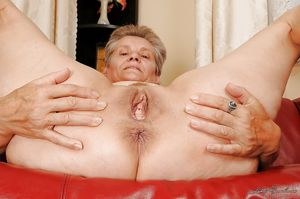 Older Woman - 82 Pics - xHamster
