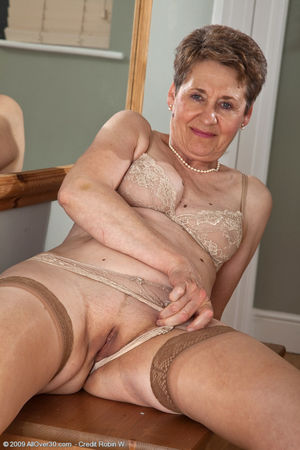 Sex pictures of 60 year old Dee shows..