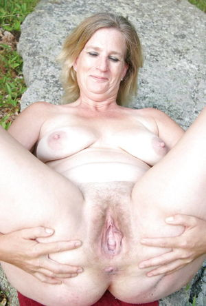 MATURE AND GRANNIES 97, Hairy Pussy Pics