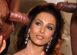 bollywood actress malika arora..