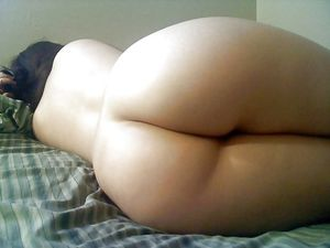 Arab Big Ass - Mature Home Butt -..