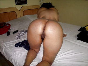 Ass Lover Dream- desi paki indian ass..