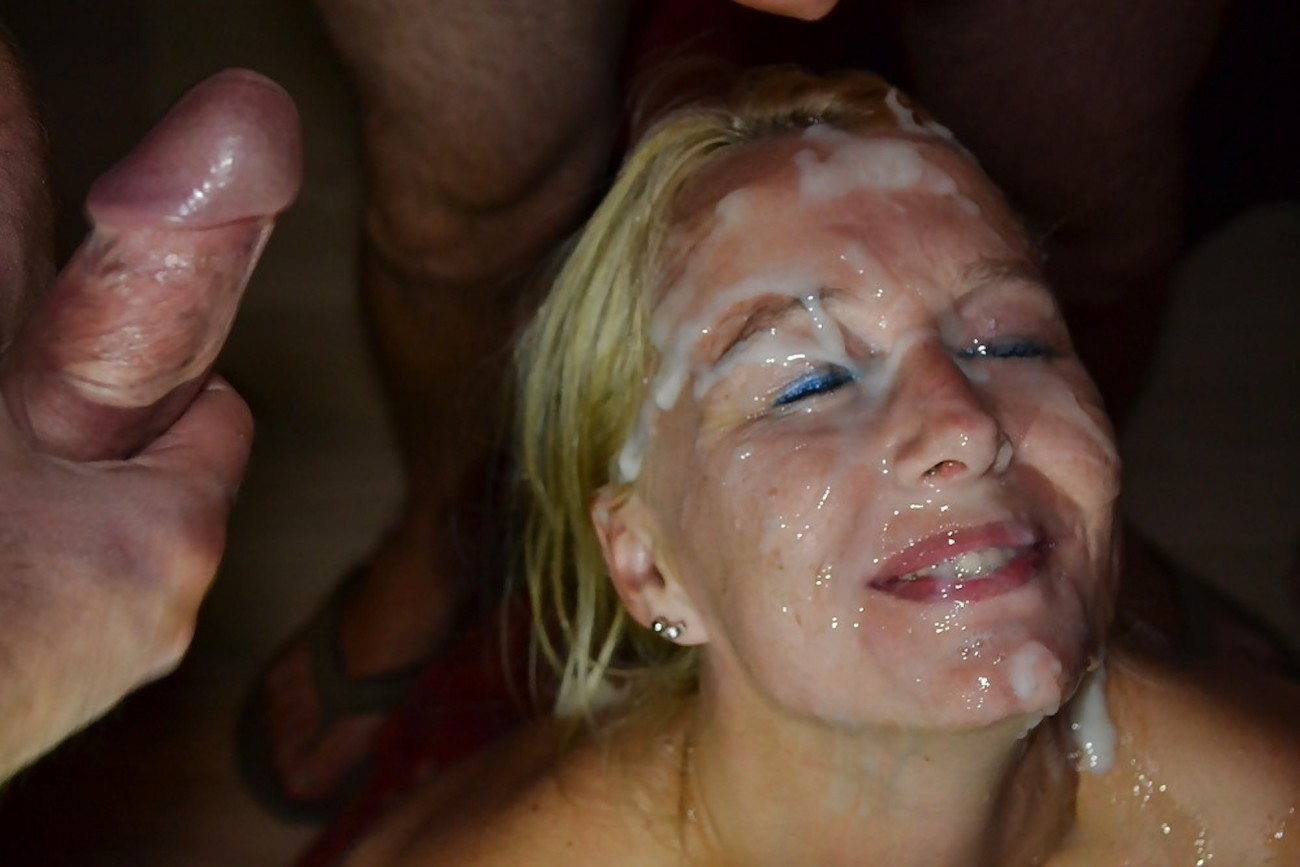 Cocksucking Crackwhore Cumshot