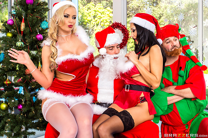 Adorable Santa Babe Has Great Sex Images 1