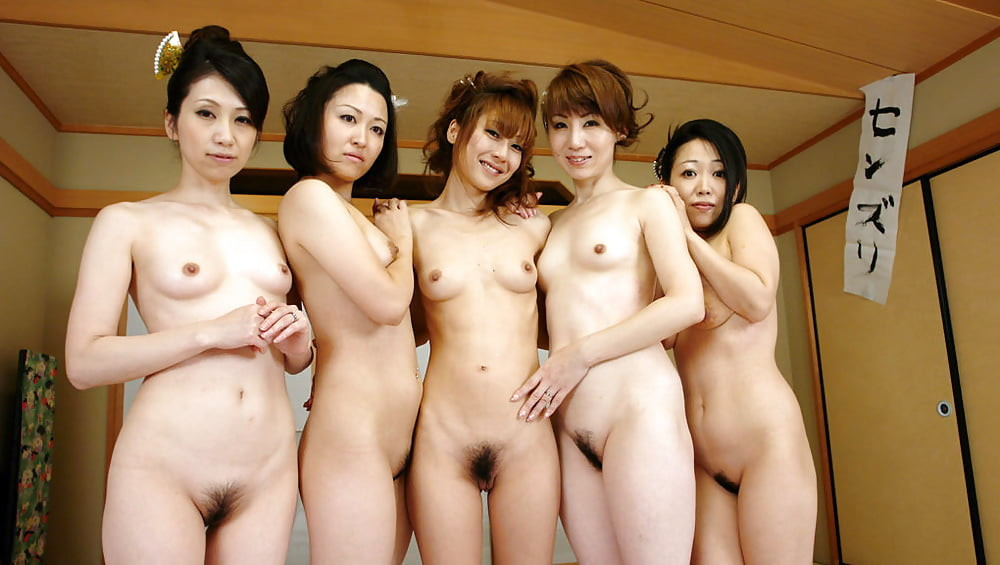 Group Of Nude Japanese Girls
