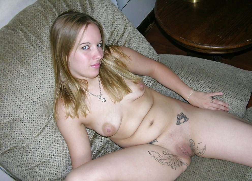 nude-naked-white-trash-girls