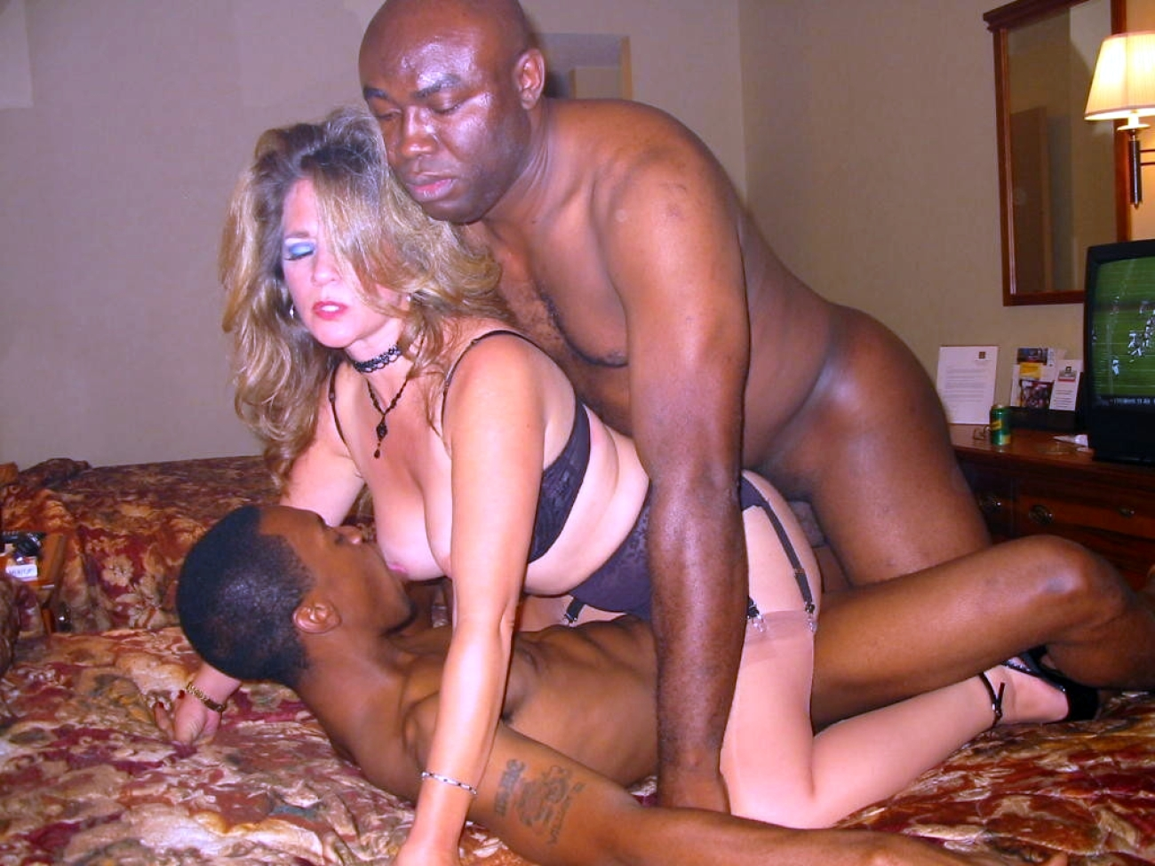 Black mature sex in all world, john tucker must die nude