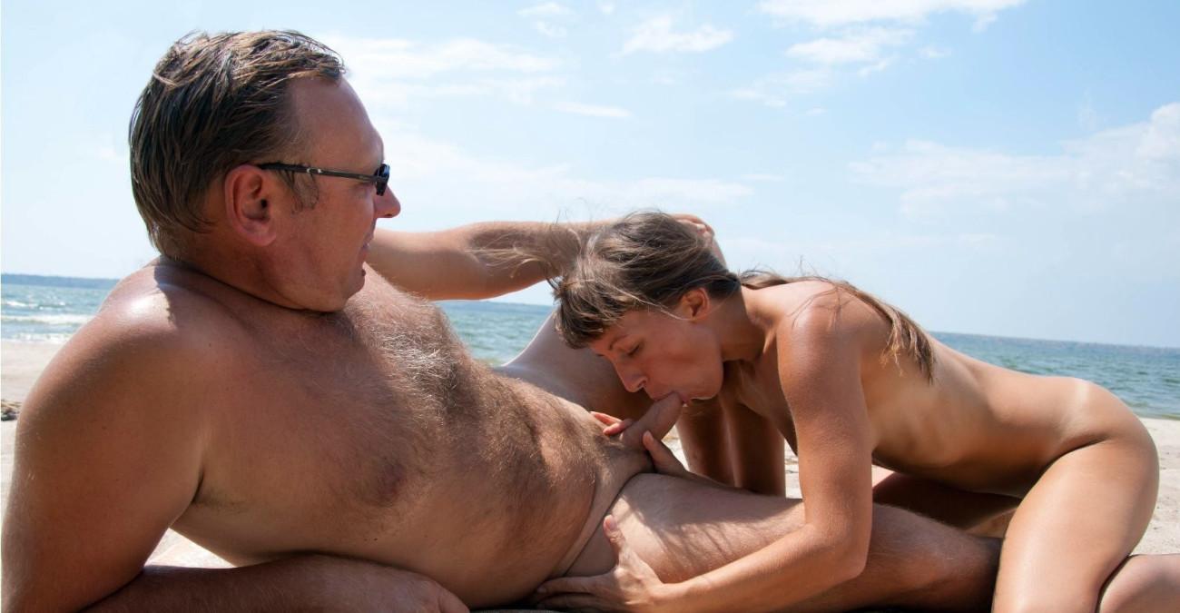Beach Fuck Outdoor Sex Older Man Screwing Hot Younger Woman