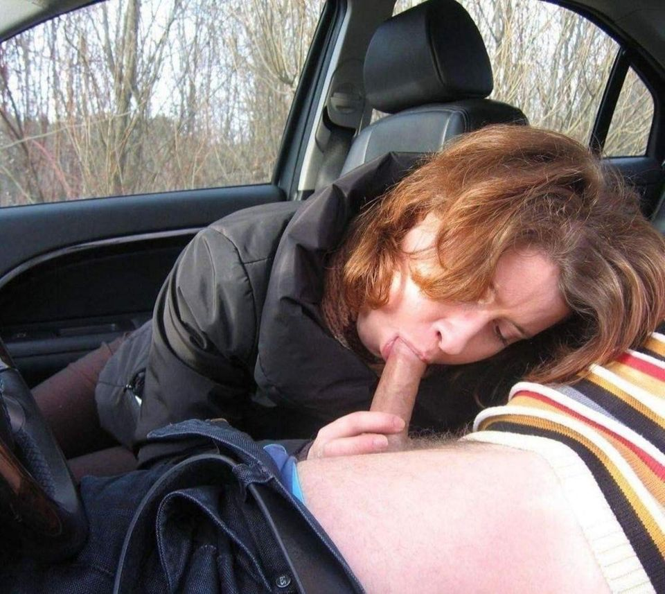 Gorgeous girl gives a hot blowjob in the car and swallows cum