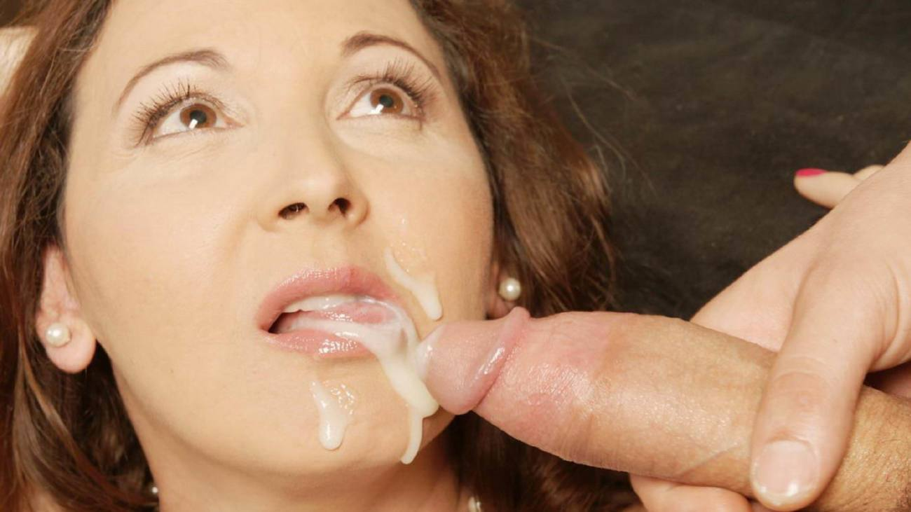 Nasty peach gets cum shot on her face swallowing all the juice