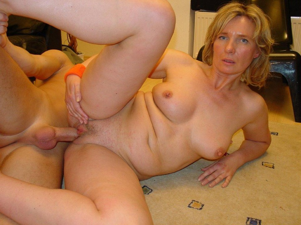 Big belly mif mature maggie