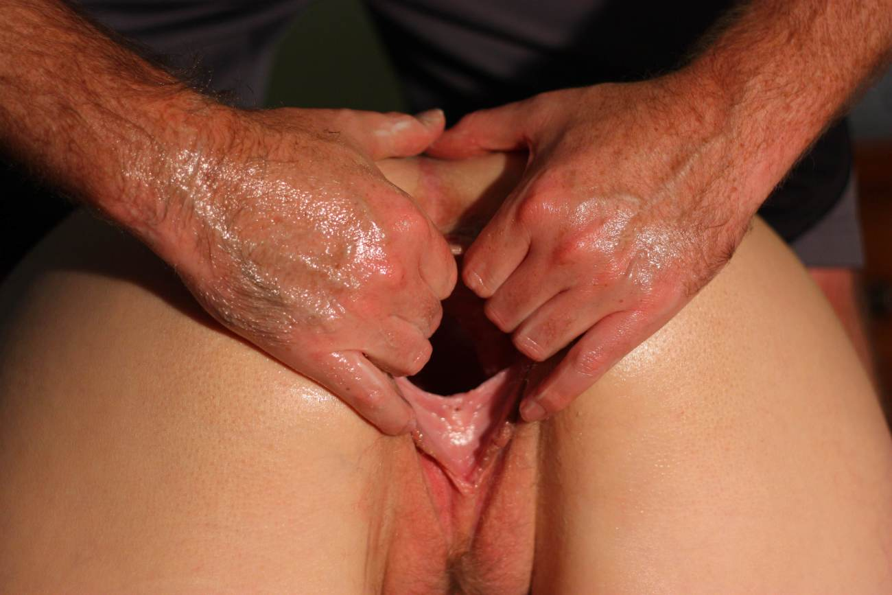 Young Girl Hairy Pussy Fisting, Hand In Vagina