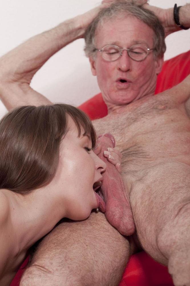 Natural Fuck Grandmom Big Breast Suck By Boys Hot Porn