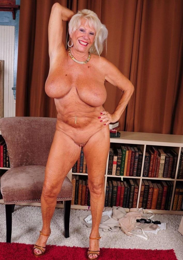 Busty Granny Nude Pics, Granny Porn Photos