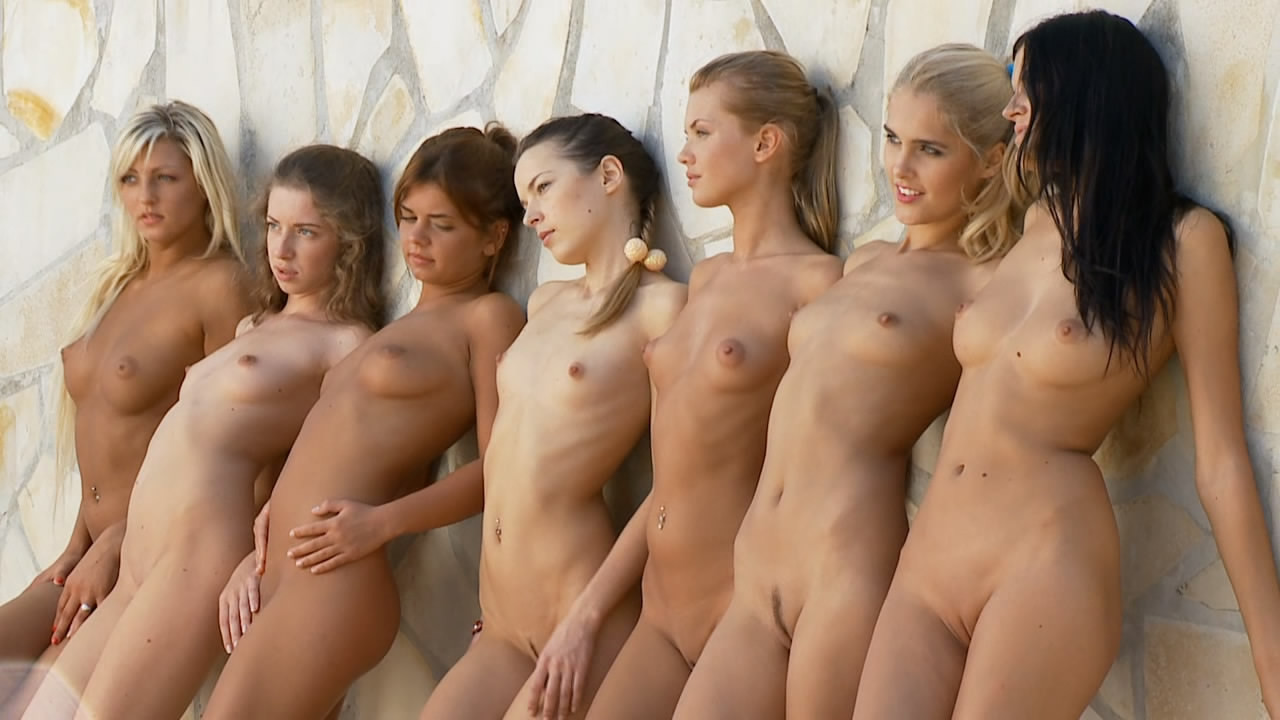 Extremely Sexy Girls Naked