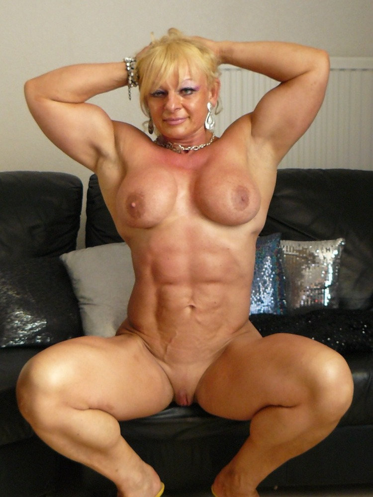 Blonde female nude muscle women