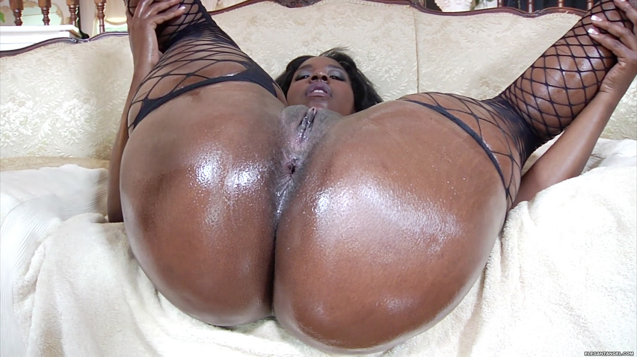 Nude black phat ass