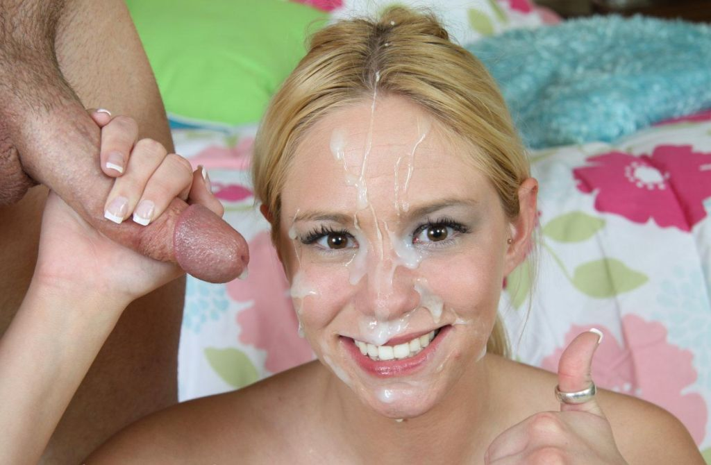 Spunky Teenie Babe Rigid With Facial 1