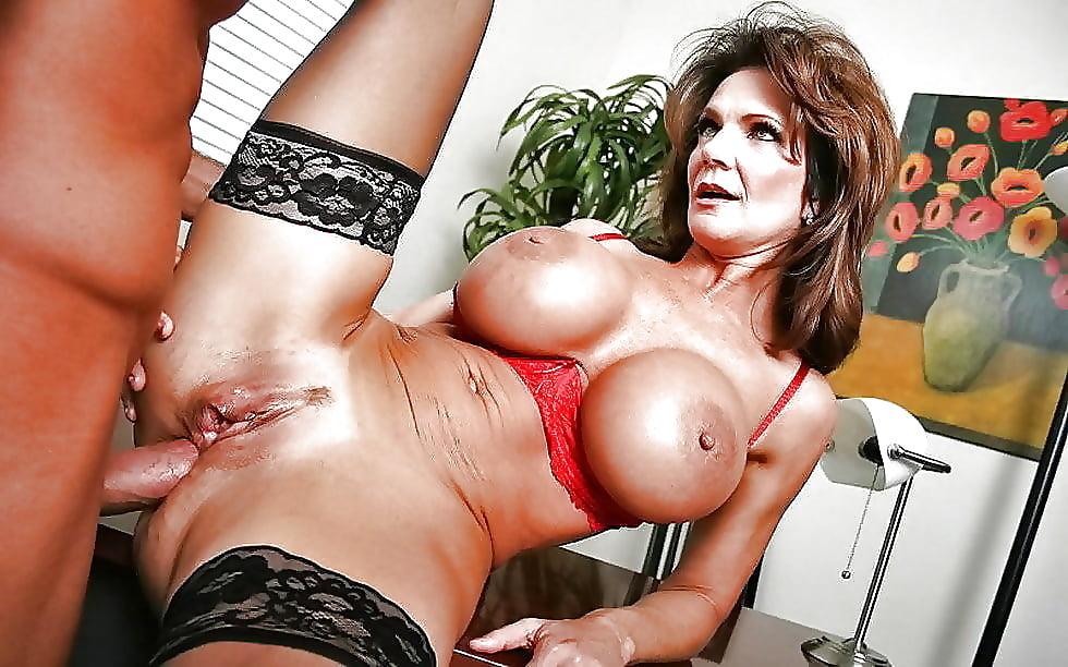 Big boobs hardcore sex sexy mom fucked