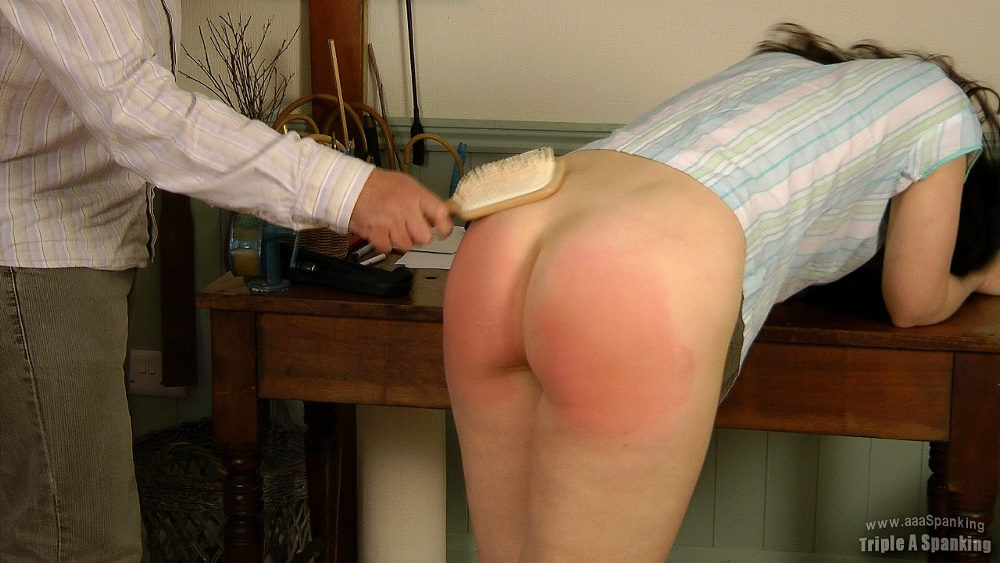 she-pulled-down-his-spank