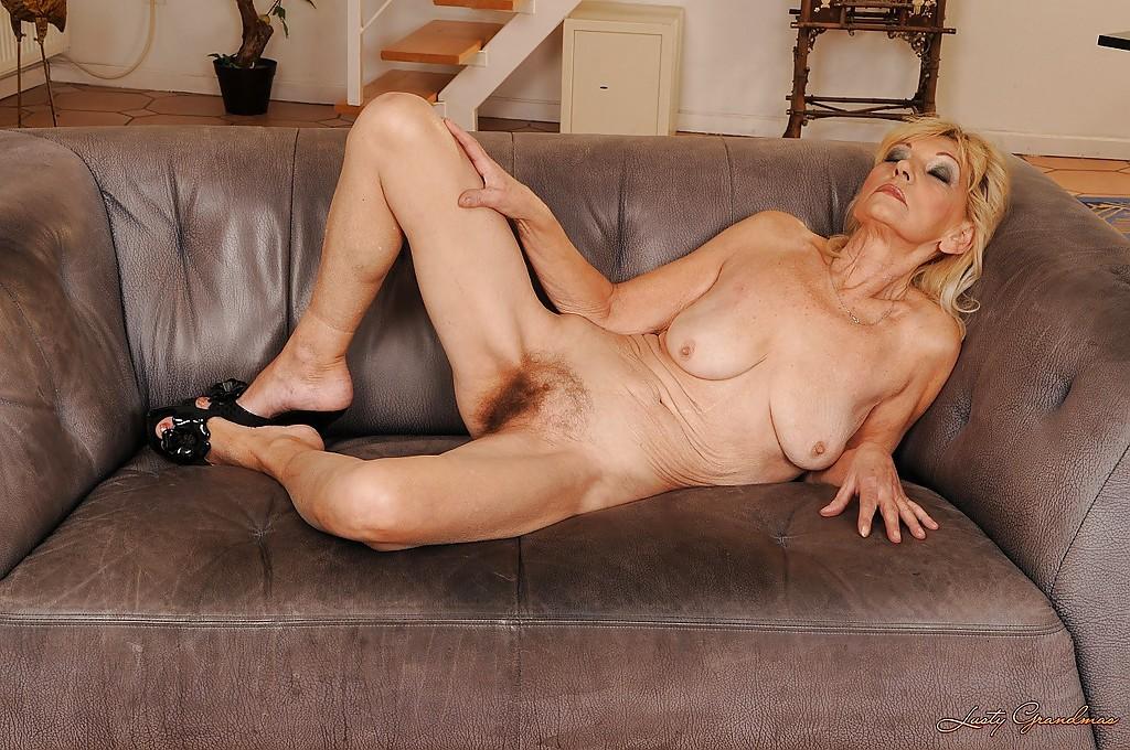 Grandma Nude Porn Pics