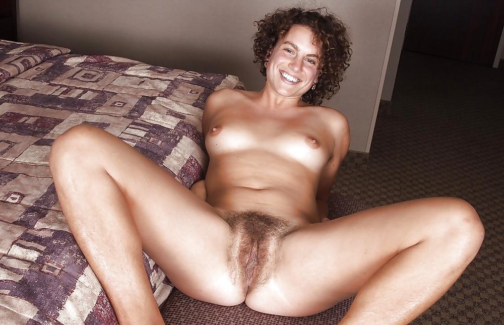 Nude mature hairy pussy athlete