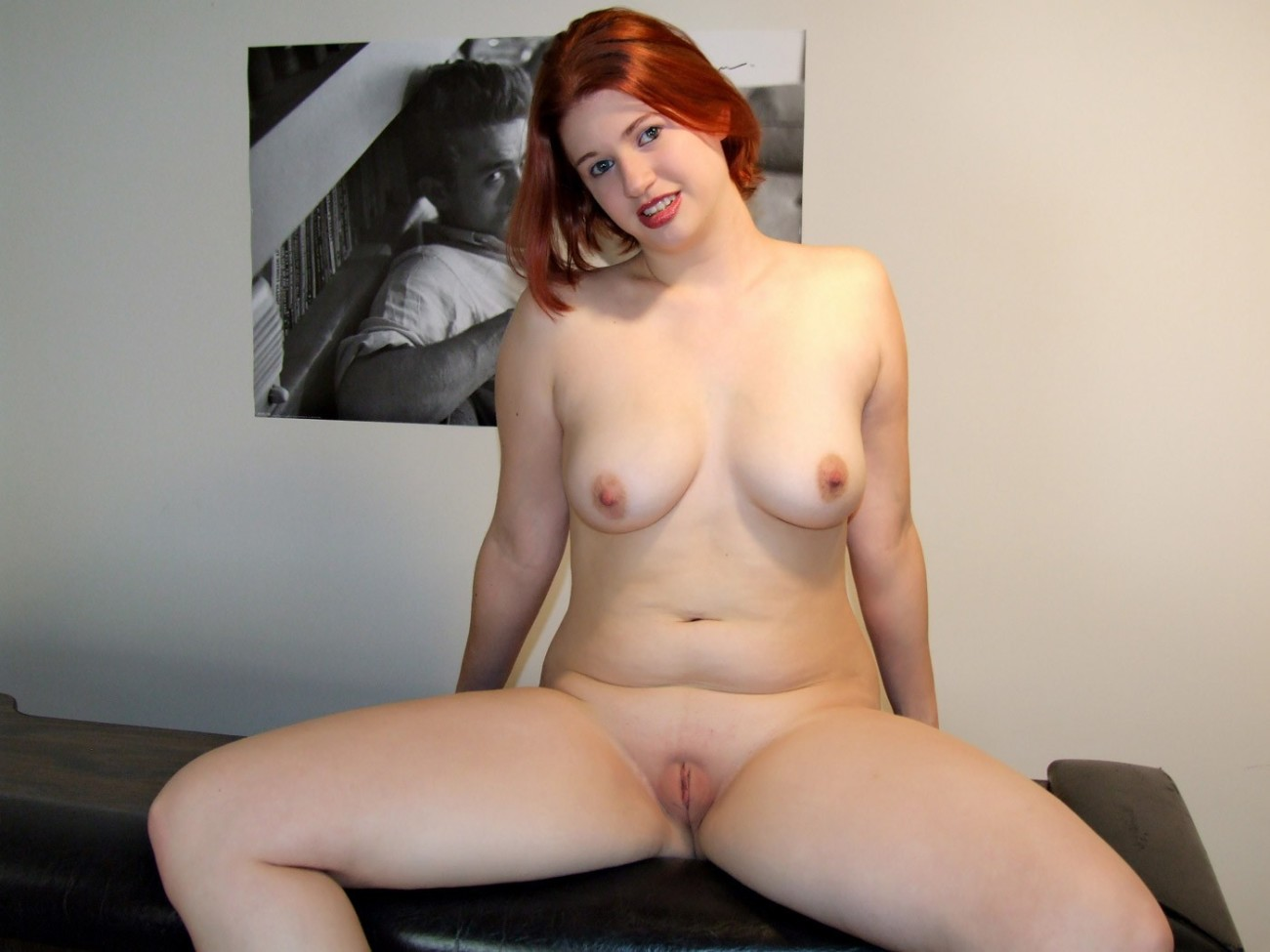 Free nude red head