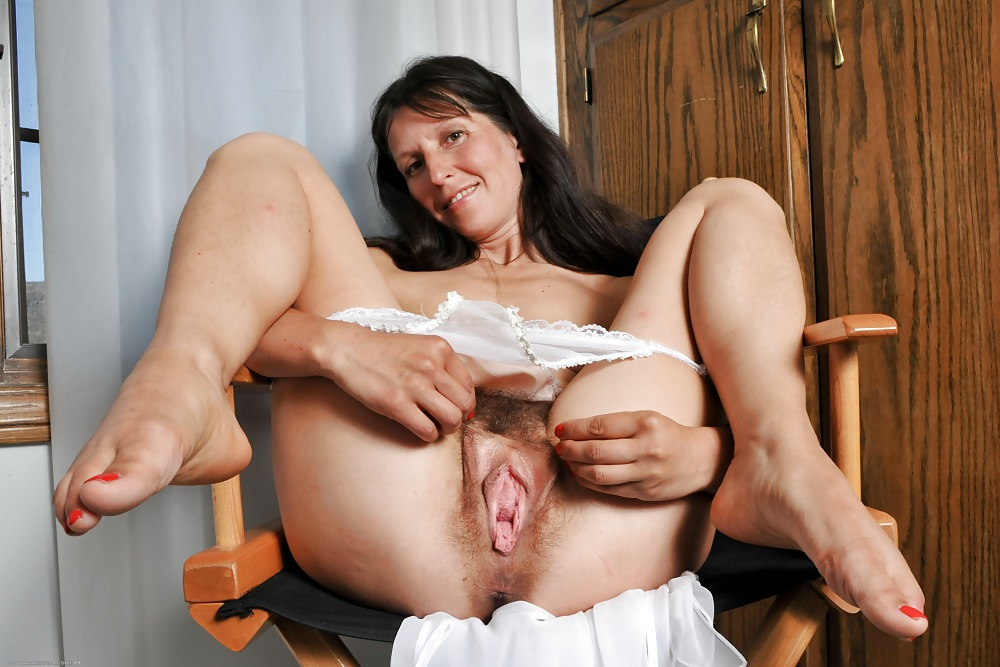 Old women with extra large vaginas