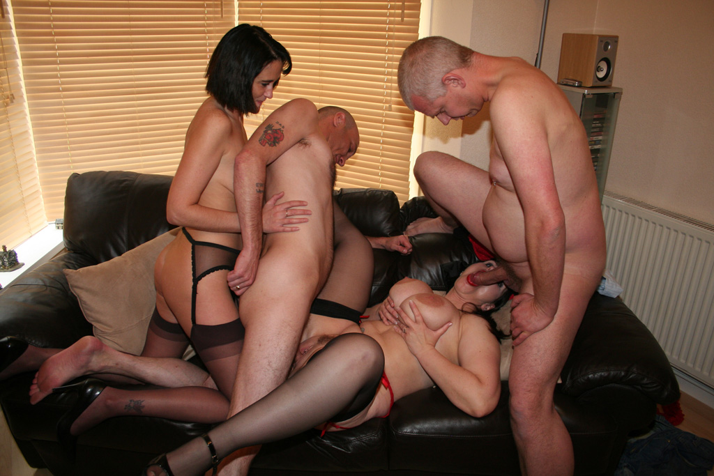 Amateur hotel swinger party