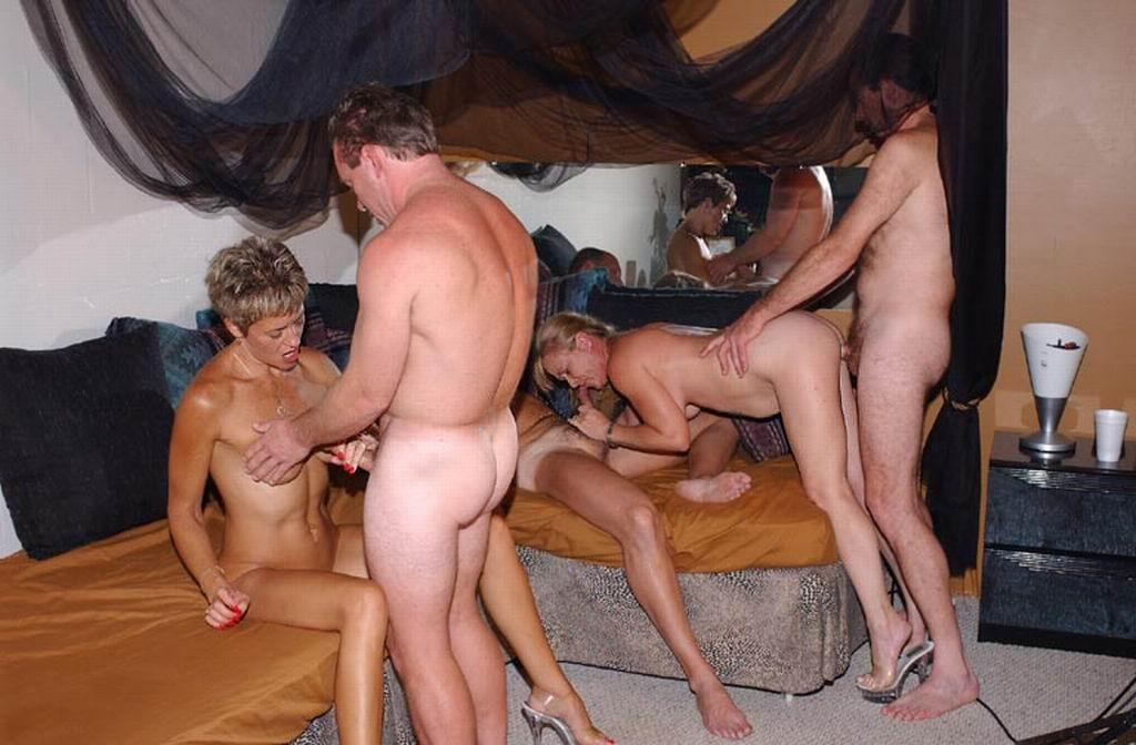 Swinger club young wife