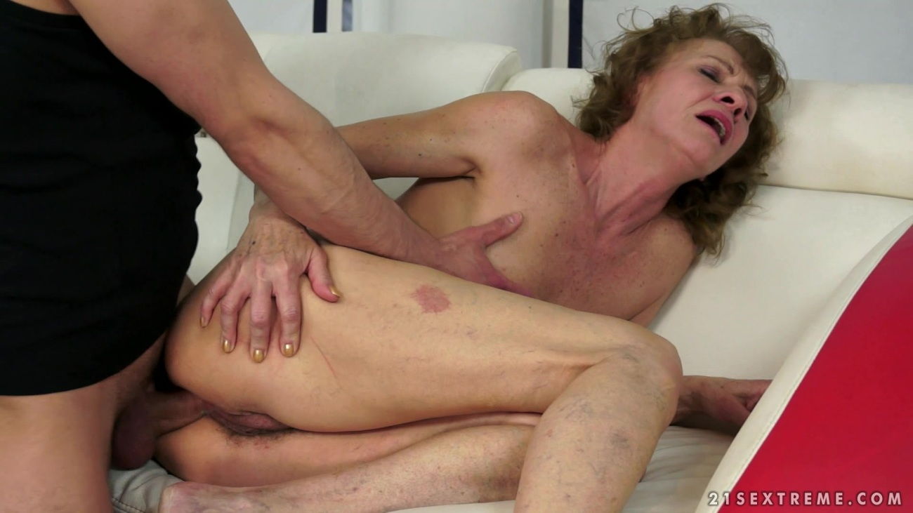 First Time Anal Sex Amature