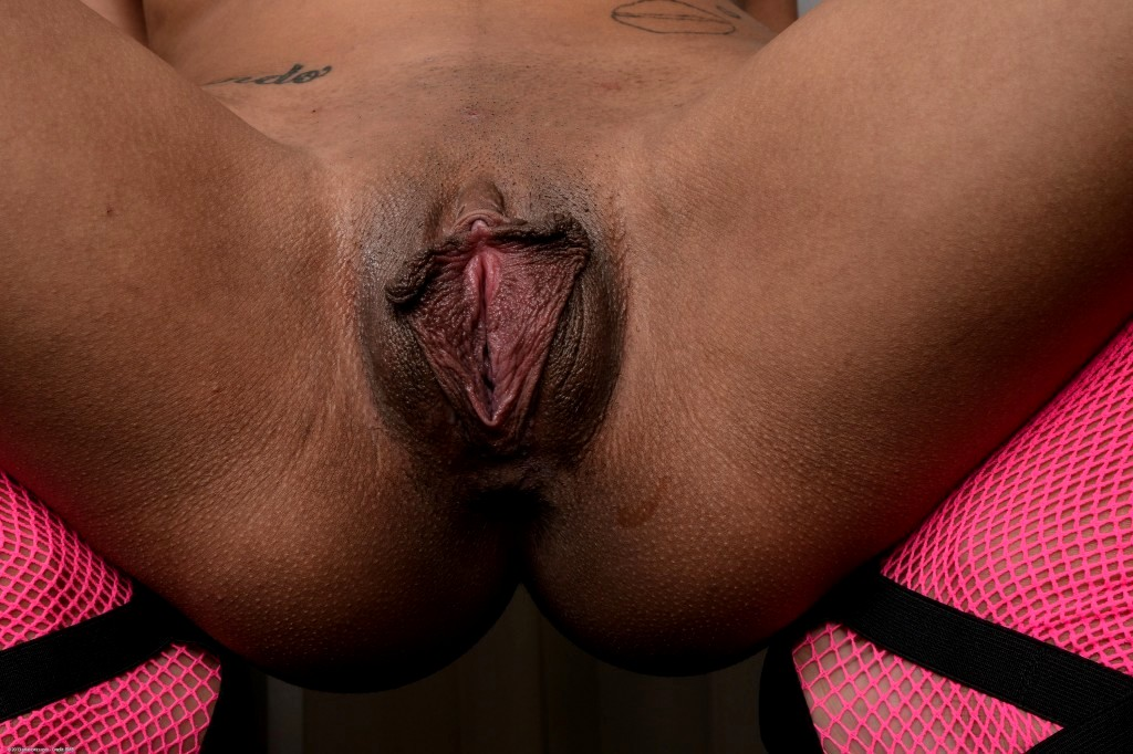 Big labia tied up